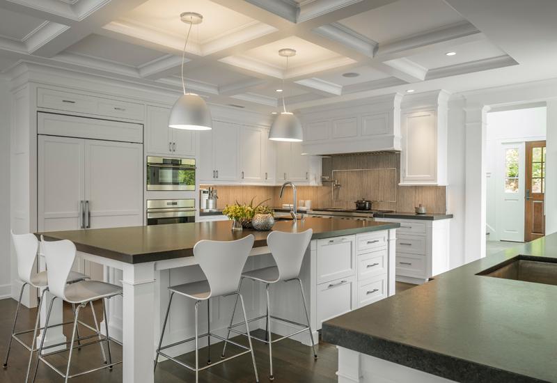 lassic White Kitchen - Boston Home